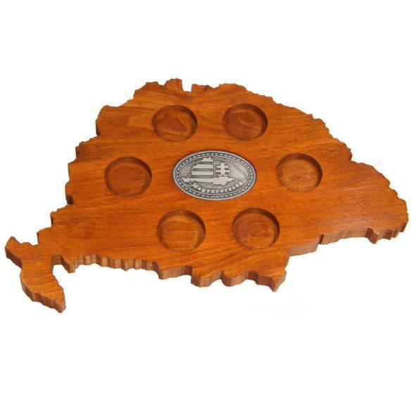 Ital vagy pálinka kínáló, faragott Nagy-Magyarország (mahagóni színben), Nagy-Magyarországos ón címkével
