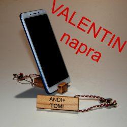 Valentin napra 2 db kulcs és telefon tartó egyedi felirattal, natur színben