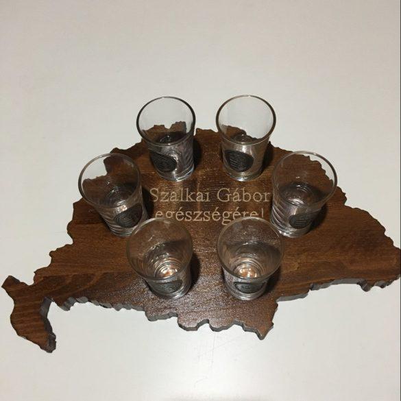 Feliratos ital vagy pálinka kínáló, faragott Nagy-Magyarország (dió színben)