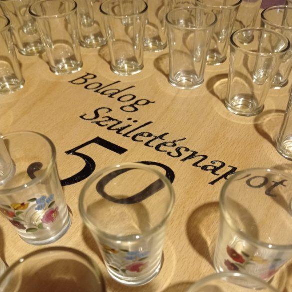 Feliratos ital vagy pálinka kínáló (100x65cm)